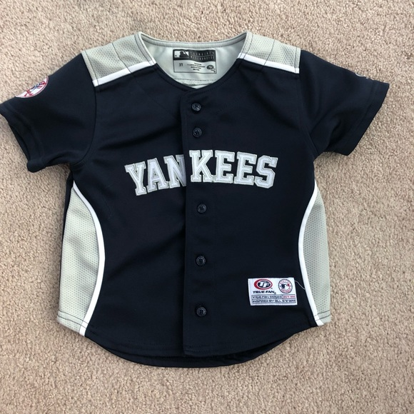 Genuine Merchandise Other - 3T NY Yankees toddler jersey e252bd255cb